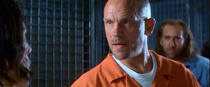 ニコラス・ケイジ、ジョン・キューザックはどうでもいいのですが、ジョン・マルコビッチがこれも凶悪犯